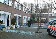 2-Feb-2015 8:51 - BIJEENKOMST VOOR GEDUPEERDEN EXPLOSIE ROTTERDAM. Gedupeerden van de explosie zondag in de Rotterdamse Moddermanstraat worden maandag om 12.00 uur bijgepraat tijdens een informatiebijeenkomst in een kerk.