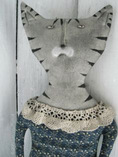 The Goode Wife of Washington County: This Merry Month of May 2014 Stacey Mead  Primitive, Folk Art,  Art Dolls ~ in muslin <3 tiger cats