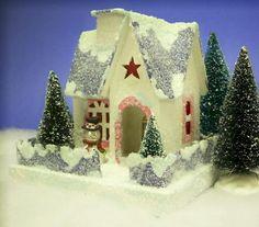 http://www.littleglitterhouses.com/images/LittleCharmer.JPG