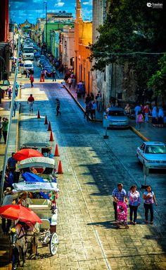 Calle 61, Merida street scene. Mexico