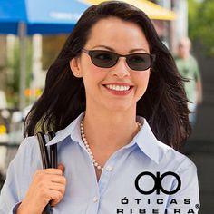 As novas lentes Transitions Signature são ainda mais rápidas, pois se adaptam as condições de luminosidade de forma muito mais eficiente, além de proteger 100% contra os raios UV! Ideal para pessoas dinâmicas que precisam de um óculos que se adapte a correria do dia a dia! Consulte um especialista em uma de nossas lojas e faça já as suas lentes Transitions! https://www.facebook.com/oticasribeira