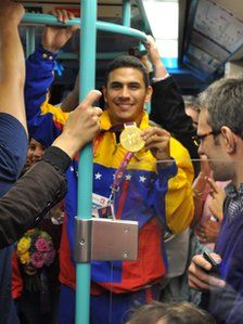 Venezuela - Olympian Ruben Limardo rode public transit just hours after winning his Gold Medal!
