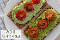 Recept: Broccoli Puree / Spread Wat heb je nodig?  1 roos broccoli, +/_ 350 gram 1 ui olijfolie 3 eetlepels zuivelspread (ah basic) peper, zout, kerrie, knoflookpoeder en chili vlokken tomaatjes als garnering