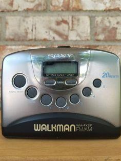 Vintage Sony Walkman FM/AM Cassette Player & Radio Working 20 Presets Sony, Electronics, Vintage, Antiquities, Vintage Comics, Consumer Electronics
