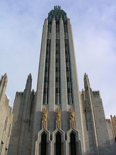 This Art Deco building just makes me happy looking at it. Boston avenue Methodist church Tulsa Oklahoma