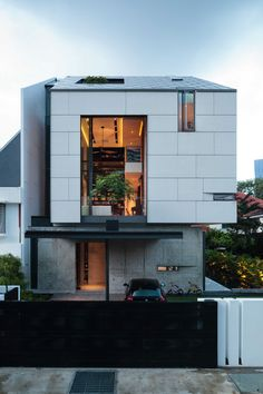 House with Pianos / RT+Q Architects