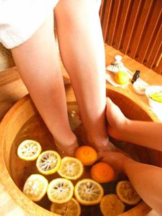 In Japan during the winter solstice, many public hot baths and hot springs throw yuzu fruit in the water. Doing so adds a citrus aroma to the water. The Japanese consider this good luck; it's believed that bathing in yuzu on the winter solstice will ward off illness in the coming year. And that's what I'll be doing on Monday; going to a sento (public hot bath) in Tokyo to bathe in yuzu.