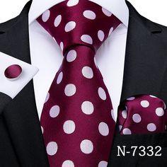 Blue Suit Men, Navy Suits, Groom Suits, Groom Attire, Black Suits, Chic For Men, Bordeaux, Tie A Necktie, Tie Pattern
