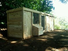 would make a great half chicken and half goat shed...