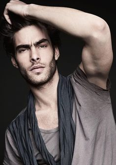 Jon Kortajarena for Peek & Cloppenburg Jon Kortajarena, Toni Mahfud, Portrait Photography Men, Photography Poses For Men, Male Models Poses, Male Poses, Men Photoshoot, Male Beauty, Gorgeous Men