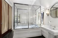 Luxury Bathroom Luxury real estate in Greenwich CT United States - MAJESTIC 13-ACRE ESTATE - JamesEdition