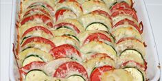 Italiensk grøntsagsfad Cucumber Recipes, Ratatouille, Squash, Tapas, Zucchini, Side Dishes, Food And Drink, Potatoes, Meals