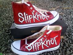 babeeeeeeeeeeee i want these!!!!!! Slipknot *------------------*