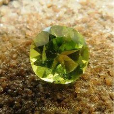 Batu Permata Round Cut Peridot 1.25 Carat
