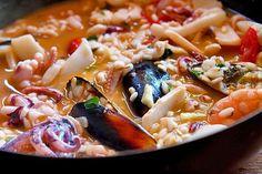 Risotto cu fructe de mare Pasta Salad, Ramen, Seafood, Cooking, Ethnic Recipes, English, Google, Crab Pasta Salad, Sea Food