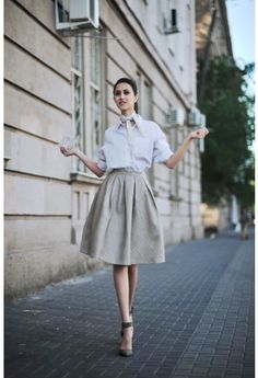 Faux Leather Diamond Pleated Skirt in Ivory i secretly love this site...