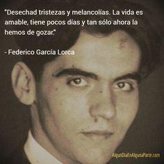 El 5 de junio de 1898 #TalDíaComoHoy nació el poeta dramaturgo y prosista español Federico García Lorca. Adscrito a la llamada Generación del 27 es el poeta de mayor influencia y popularidad de la literatura española del siglo XX por obras como Bodas de sangre Yerma y El maleficio de la mariposa entre otras. Murió fusilado el 19 de agosto de 1936.  #FedericoGarcíaLorca #Efemeéides #Aniversarios #TalDíaComoHoy #UnDiaComoHoy #Citas #Nacimientos #Poesía #FrasesCélebres #AlgunDiaEnAlgunaParte…