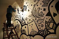 Frank Casazza aka eyeformation , MoMo, Waver_h son un buen ejemplo de colaboración entre dos artistas del graffiti para pintar una pared con rotuladores.