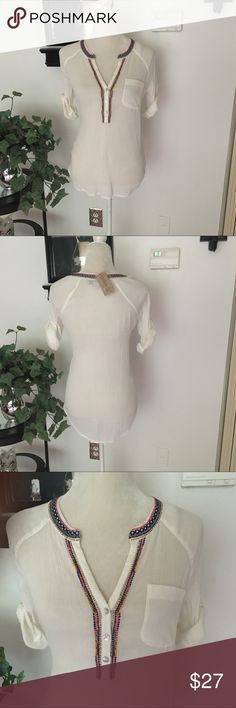 Nine West Vintage America Collection Top New Nine West Vintage America Top. Size xs but can fit a small as well (my opinion). Loose fitting top. Off white cream color. Sleeves can be rolled up or down. These are approx 3/4 sleeves when not rolled up. Nine West Tops