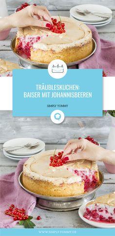 Träubleskuchen / Johanisbeerkuchen mit Baiserhaube Rezept #träubleskuchen #johannisbeerkuchen #mit #baiserhaube #baiser #backen #kuchen #rezept #rezepte #sommerkuchen #frisch #fruchtig #obstkuchen #saftig #ribisel #johannisbeeren Simply Yummy, Camembert Cheese, Tasty, Baking, Sweet, Desserts, Recipes, Food, Fruit Cakes