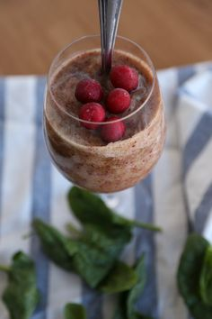 Cranberry Cleanse Smoothie #detox #smoothies #cleansing