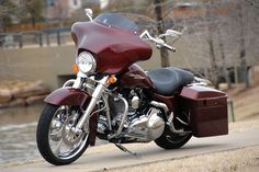 Smooth Jazz Street Glide. By Buck Manning and photos by Rupert Ellis
