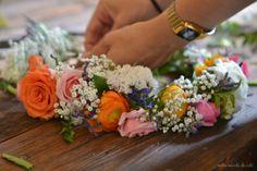 Entre núvols de cotó: Taller corones de flors / Taller coronas de flores