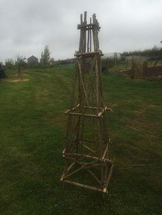 Hazel obelisk
