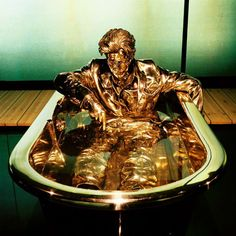 Jan Fabre, The man writing on water, 2006.