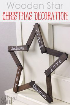 Make this pretty wooden star DIY Christmas decoration for your holiday mantle! It's so easy to make and looks so pretty when it's done! (Christmas Crafts With Popsicle Sticks) Diy Christmas Star, Diy Christmas Decorations, Christmas Crafts To Make, Christmas Wood, Outdoor Christmas, Christmas Projects, Simple Christmas, Holiday Crafts, Christmas Ornaments