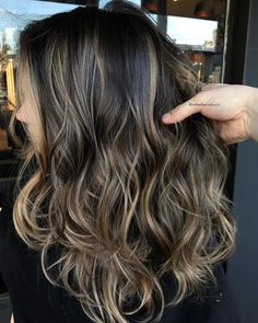 Top 54 Dirty Blonde Hair Styles Blonde hair comes in many shades from ash blonde to strawberry blonde hair to bombshell (aka platinum) blonde. Brown Hair Balayage, Brown Blonde Hair, Brunette Hair, Hair Color Balayage, Ombre Balayage, Honey Balayage, Dark Brunette, Brunette Color, Blonde Color