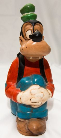 Disney  Goofy Ceramic Figure / Statue with Folded Hands