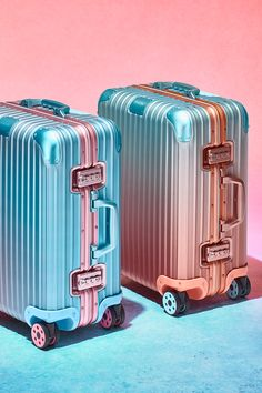 Alex Israel Larger Than Life Travel. Read more on the RIMOWA official website Cute Luggage, Travel Luggage, Travel Bags, Rimowa Luggage, Cute Suitcases, Cute Pencil Case, Designer Luggage, Trolley Case, Cute Nikes