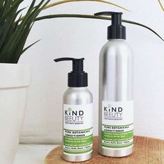 Clean, nourish and maintain your hair with our range of plastic-free and eco-friendly shampoos and conditioner. Our sustainable haircare products are made with natural and vegan-friendly ingredients, helping to protect your hair without harsh ingredients. Shaving Gift Set, Shaving Oil, Sea Salt Spray For Hair, Brown Glass Bottles, Natural Beard Oil, Shampoo For Curly Hair, Solid Shampoo, Natural Deodorant, Hair Conditioner