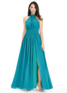Beautiful bridesmaids dress. 💙💙