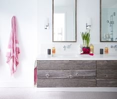 Meuble-lavabo en bois de grange