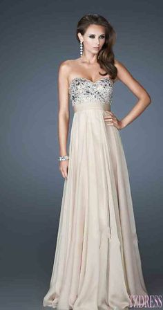 What do yall think of this dress? @Yesenia Perez-Cruz Perez-Cruz Salazar @Amanda Snelson Snelson Gracia  @Iris Loos Loos Salazar
