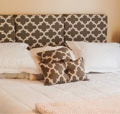Momma Mia Moments : DIY King Headboard / Total King Size Bed Makeover For $82. Love using pallets for a frame!