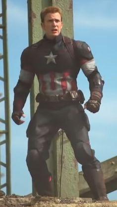Marvel Avengers Movies, Marvel Actors, Chris Evans Captain America, Marvel Captain America, Steve Rodgers, Steven Grant Rogers, Captain Rogers, Marvel Wallpaper, Handsome Guys