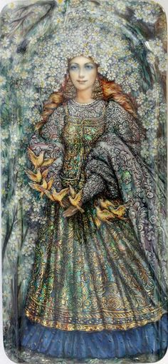 """Fedoskino-style Russian lacquer miniature. """"Lady Summer"""" by Oleg Shapkin."""