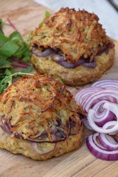 Máme to rádi zdravě — Břicháč Tom Salmon Burgers, Ethnic Recipes, Food, Essen, Meals, Yemek, Eten