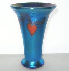 small LUNDBERG Glass VASE Blue AURENE Red HEARTS Iridescent ROMANTIC Treasure
