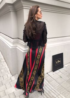 Dresses With Sleeves, Chain, Long Sleeve, Skirts, Fashion, Gowns With Sleeves, Moda, Sleeve Dresses, Skirt
