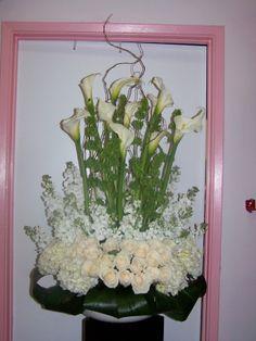 Flower Wreath Funeral, Funeral Flowers, Funeral Floral Arrangements, Flower Arrangements, Angel Wings Decor, Sympathy Flowers, Sprays, Florals, Centerpieces