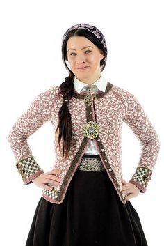 Ravelry: Ingrid pattern by Helle Siggerud Fair Isle Knitting Patterns, Knitting Machine Patterns, Fair Isle Pattern, Knit Patterns, Crochet Cardigan, Knit Crochet, Norwegian Style, Norwegian Knitting, Cardigan Design