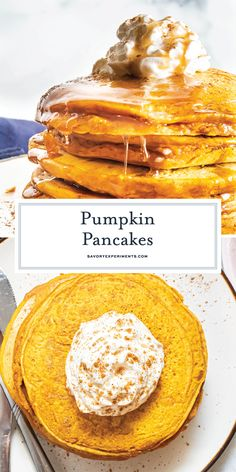 These fluffy, easy Pumpkin Pancakes make the perfect breakfast for fall! With warm spices and homemade mix, you just can't beat them! Best Breakfast Recipes, Brunch Recipes, Brunch Ideas, Drink Recipes, Breakfast Ideas, Pumpkin Pancakes Easy, Pumpkin Dessert, Perfect Breakfast, Breakfast Club