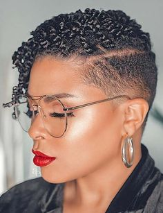 17 On-Trend Stylish and Simple Haircuts for Black Women – New Natural Hairstyles Short Natural Haircuts, Tapered Natural Hair, New Natural Hairstyles, Natural Curls, Braided Hairstyles, Black Hairstyles, Short Twists Natural Hair, Wedding Hairstyles, Shaved Side Hairstyles