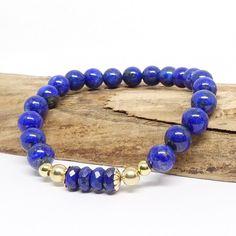 18 cm et pierres de 6 mm. Monté avec plaqué or 3 microns. Lapis Lazuli, Plaque, Beaded Bracelets, Crystals, Stone, Jewelry, Gold Plating, Stretch Fabric, Stones