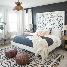 80 Modern Bohemian Bedroom Decor Ideas February Leave a Comment Find the best bohemian bedroom designs. Your bedroom speaks for your identity and lifestyle. And the bedroom decor that will definitely represent everything you are is non Bohemian Bedroom Design, Bohemian Style Bedrooms, Bohemian Headboard, White Headboard, Bedroom Designs, Boho Style, Boho Chic Bedroom, White Curtains, King Bed Headboard