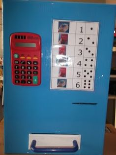 Pinautomaat in de klas, een mooie hoek bij bijv. het thema geld.